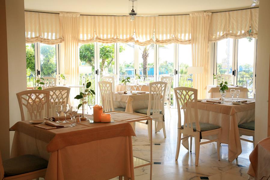 Arredamento interni alberghi firenze arredamento alberghi for Aziende arredamento toscana